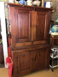 Unreserved Real Estate & Antiques Contents Auction - 0