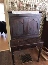Unreserved Real Estate & Antiques Contents Auction - 19