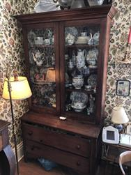 Unreserved Real Estate & Antiques Contents Auction - 21