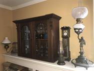 Unreserved Real Estate & Antiques, 1,000+ Kerosene & Oil Lamps Auction - 29
