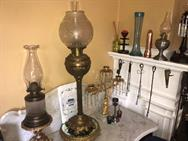 Unreserved Real Estate & Antiques, 1,000+ Kerosene & Oil Lamps Auction - 59