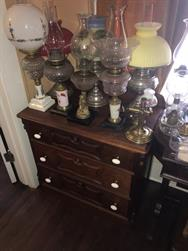 Unreserved Real Estate & Antiques, 1,000+ Kerosene & Oil Lamps Auction - 76
