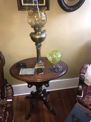 Unreserved Real Estate & Antiques, 1,000+ Kerosene & Oil Lamps Auction - 110