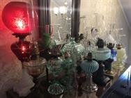 Unreserved Real Estate & Antiques, 1,000+ Kerosene & Oil Lamps Auction - 125