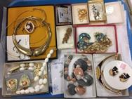 Unreserved Real Estate & Contents Auction - 150