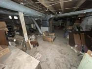 Unreserved Real Estate Auction & Contents of House & Garage to be Auctioned in Bulk! - 106105