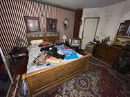 Unreserved Real Estate Auction & Contents of House & Garage to be Auctioned in Bulk! - 106145