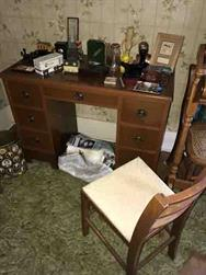 Unreserved Real Estate & Contents Auction - 196